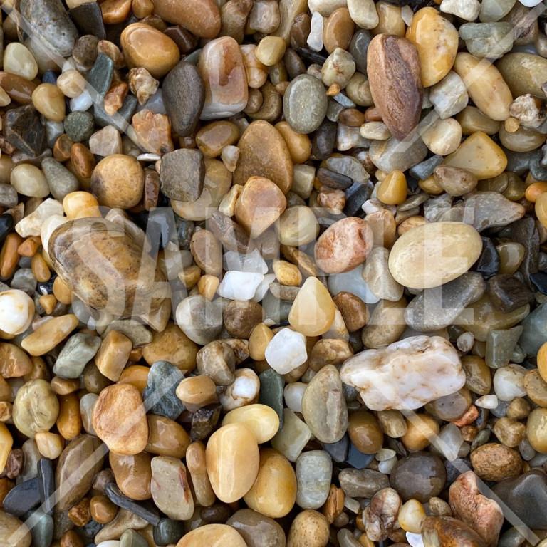 きれいな石